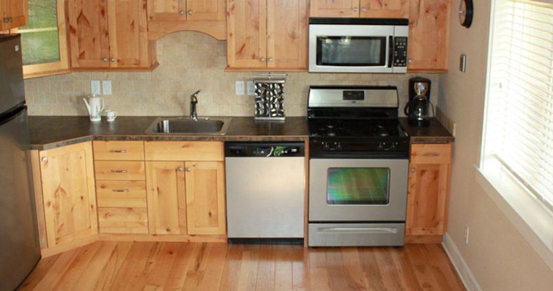 cabins-kitchen